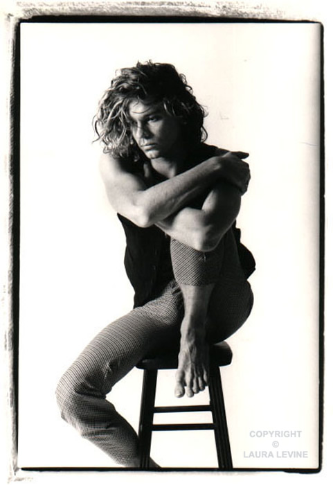 http://lauralevine.com/photography/gallery/large/hutchence1.jpg